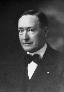 Leon C. Rhodes
