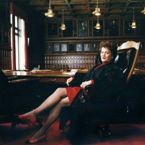 Hon. Judith S. Kaye at the NY Court of Appeals © Annie Leibovitz / Contact Press Images