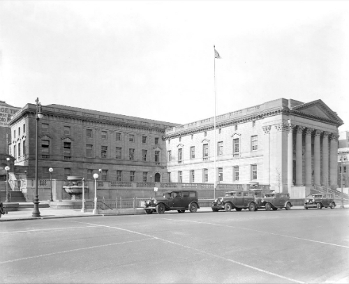 Richmond County Courthouse at 18 Richmond Terrace, January 26, 1938. Courtesy NYC Municipal Archives.